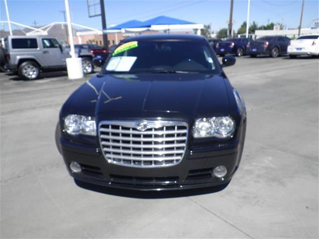 2008 Chrysler 300C XLS 4WD