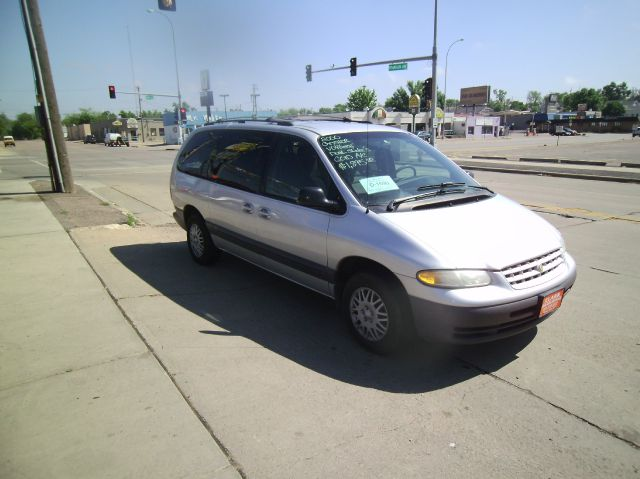 2000 Chrysler Grand Voyager Crew Cab Amarillo 4X4