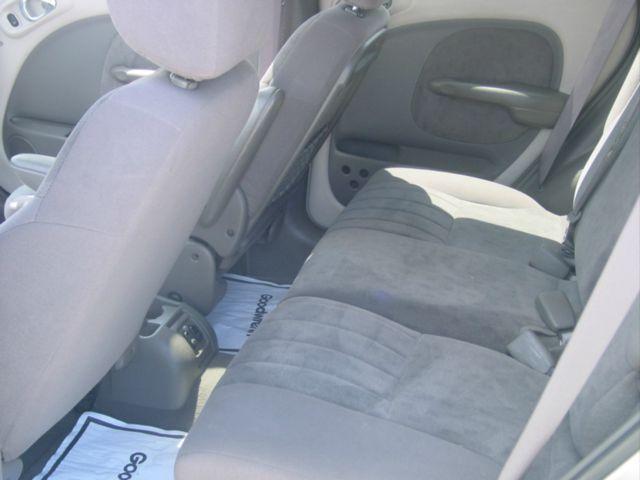 2002 Chrysler PT Cruiser CX W/comfortconvience