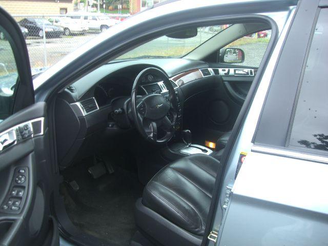 2004 Chrysler Pacifica EX - DUAL Power Doors
