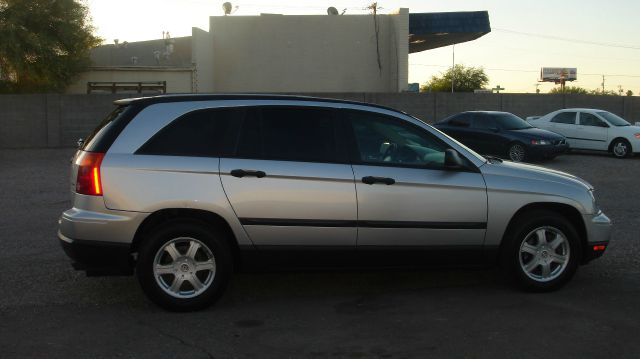 2005 Chrysler Pacifica LS Flex Fuel 4x4 This Is One Of Our Best Bargains