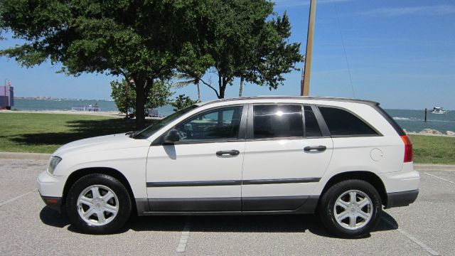 2005 Chrysler Pacifica 4dr 2.9L Twin Turbo AWD SUV