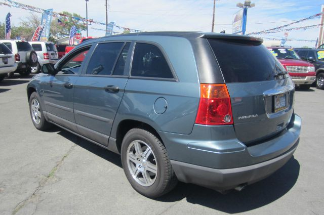 2007 Chrysler Pacifica LS Flex Fuel 4x4 This Is One Of Our Best Bargains
