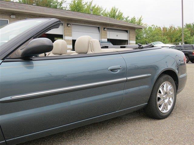 2005 Chrysler Sebring SLT 25