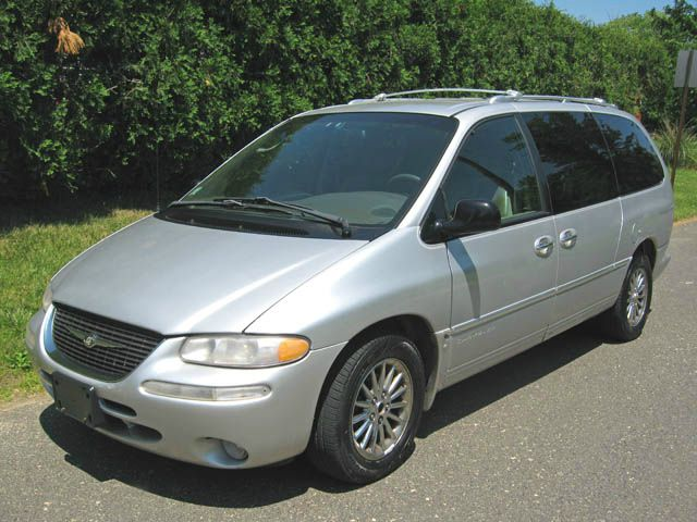 2000 chrysler town and country 3 0 avant quattro details. Black Bedroom Furniture Sets. Home Design Ideas