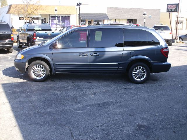 2002 chrysler town and country limited details webster city ia 50595. Cars Review. Best American Auto & Cars Review