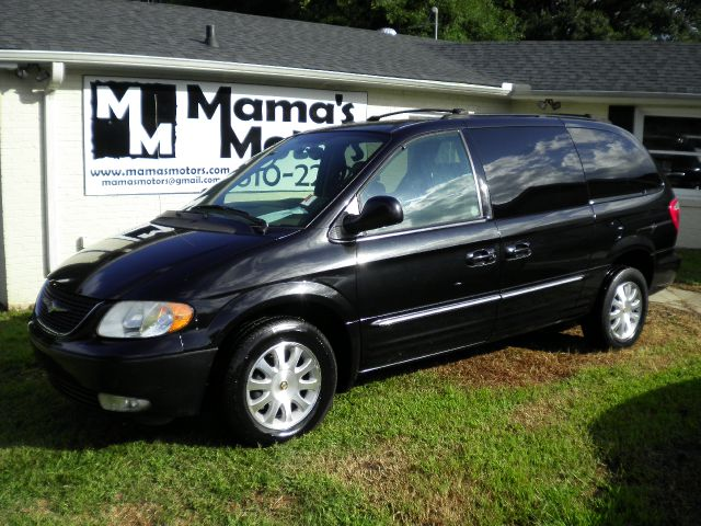 2003 Chrysler Town and Country Quad Coupe 3