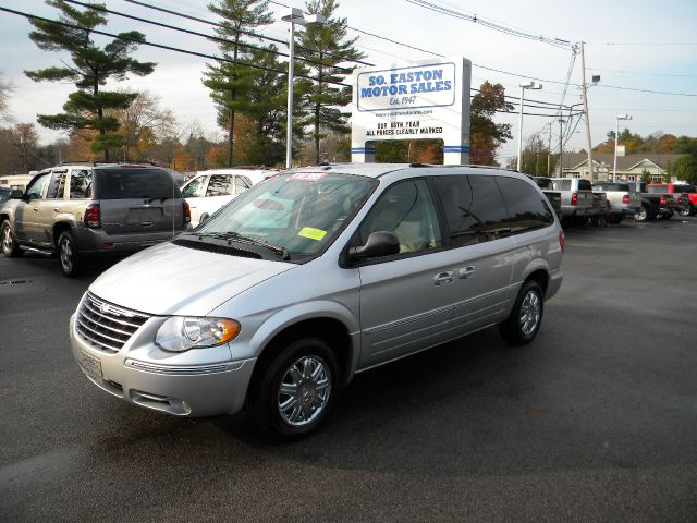 2006 chrysler town and country limited details south easton ma 2375. Cars Review. Best American Auto & Cars Review