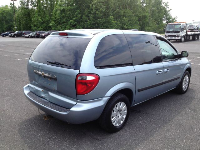 2006 chrysler town and country base details liberty ny 12754. Cars Review. Best American Auto & Cars Review