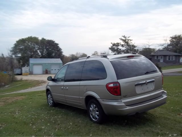 2006 chrysler town and country limited details shullsburg wi 53586. Cars Review. Best American Auto & Cars Review