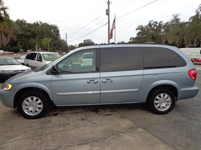 2006 chrysler town and country 3 5 details south glens falls ny 12831. Black Bedroom Furniture Sets. Home Design Ideas