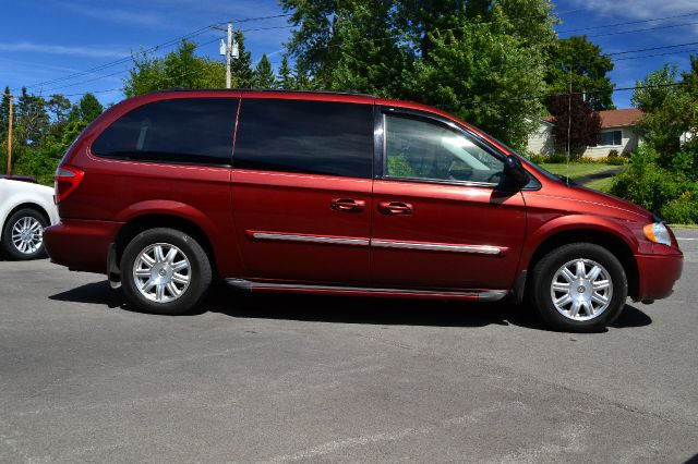 2007 chrysler town and country touring details kearney ne 12143. Cars Review. Best American Auto & Cars Review