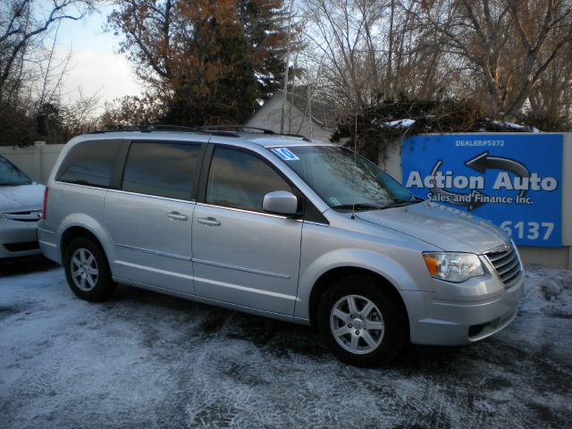 2010 Chrysler Town and Country 3.5