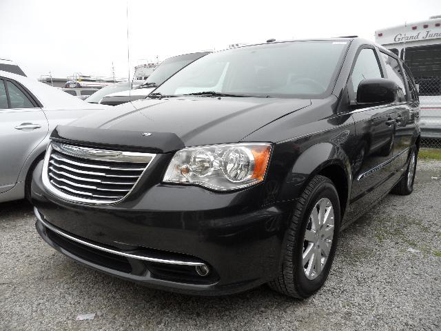 2011 Chrysler Town and Country King Ranch 4WD