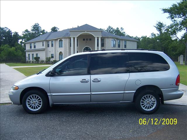 used chrysler town and country lx 2000 details buy used. Black Bedroom Furniture Sets. Home Design Ideas