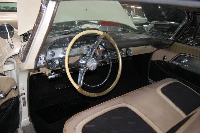 1957 Desoto Adventurer E32o Cabriolet