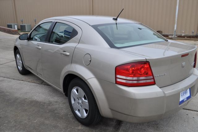 2009 Dodge Avenger S