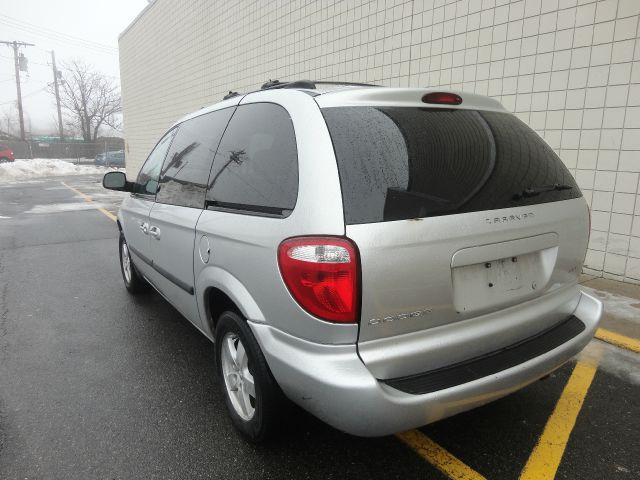 2005 Dodge Caravan SLT Ext. Cab 4WD