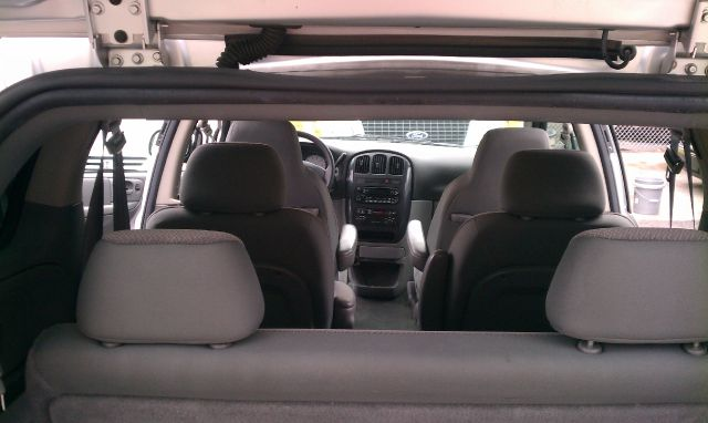 2005 Dodge Caravan S