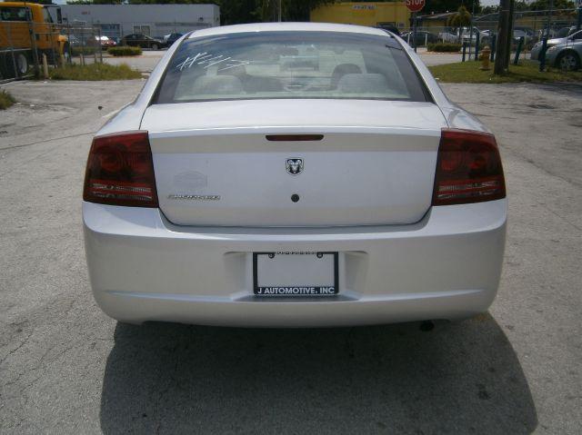 2006 Dodge Charger Base