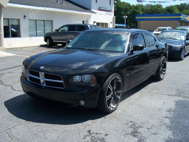 2006 Dodge Charger Quad Cab Long Bed 2W