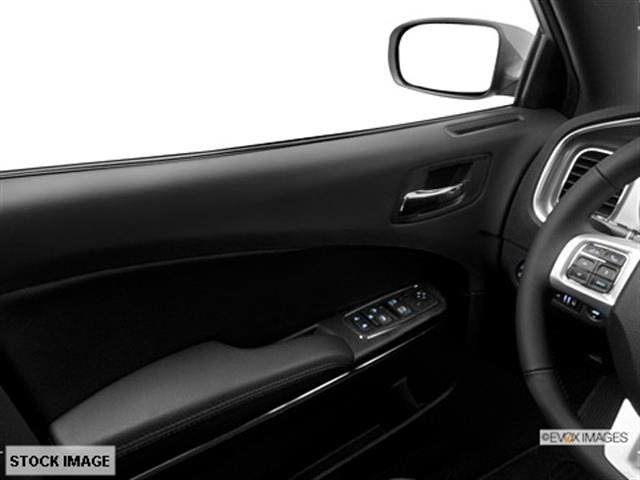 2014 Dodge Charger G2500 Van