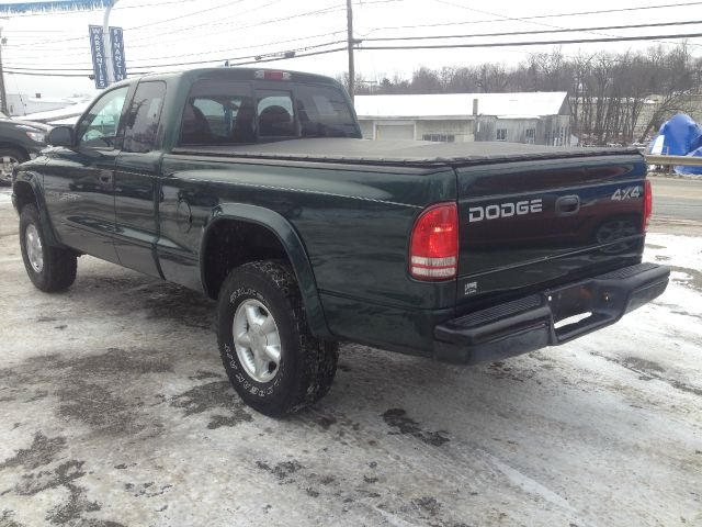 1999 Dodge Dakota 2dr Sport Coupe AMG