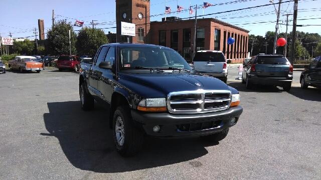 2004 Dodge Dakota 4dr LX 4WD Auto