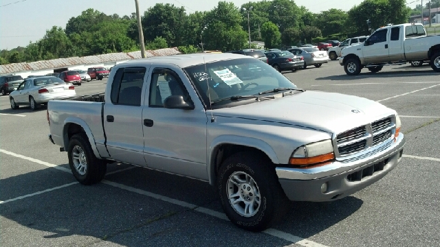2004 Dodge Dakota LS ES