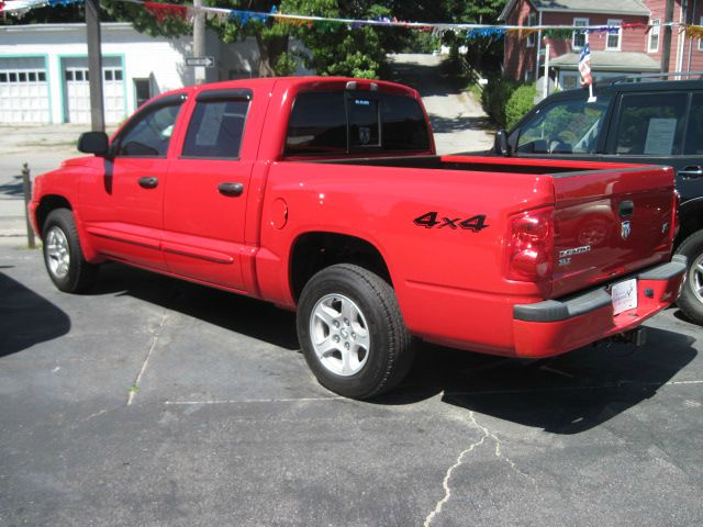 2005 Dodge Dakota Collection Rogue