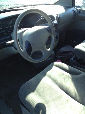 1999 Dodge Grand Caravan X