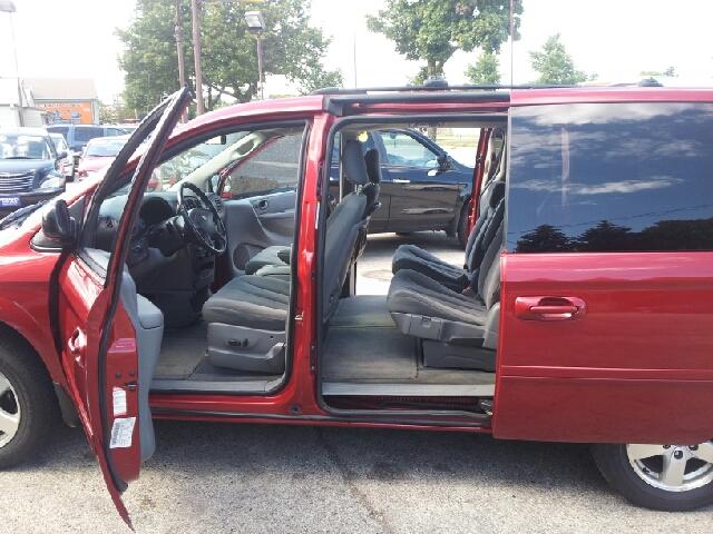 2005 Dodge Grand Caravan REG CAB Dually DUMP