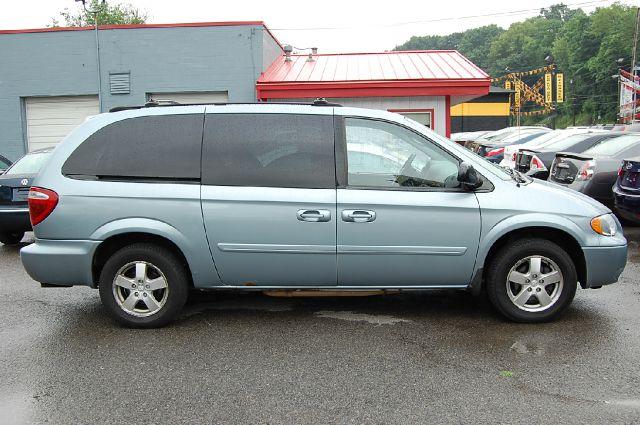 2006 Dodge Grand Caravan Ex-cab 4x4