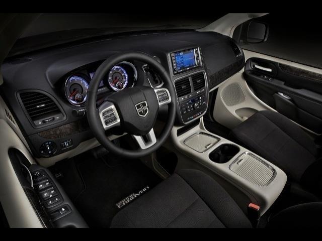 2013 Dodge Grand Caravan Details Skokie Il 60077