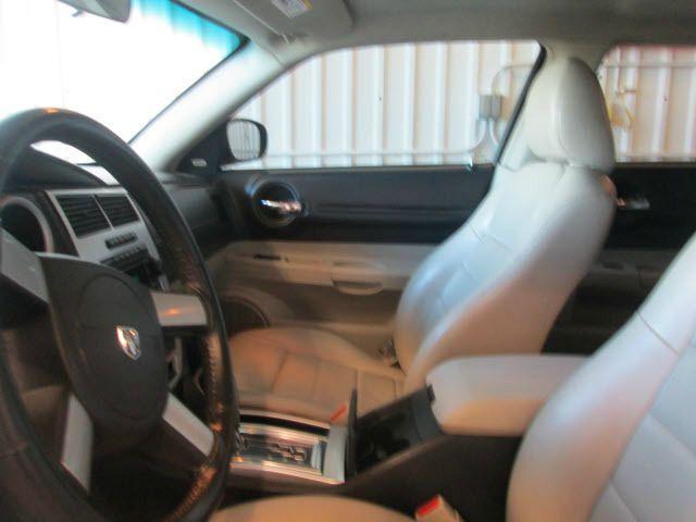 2006 Dodge Magnum Slammed Custom BUG