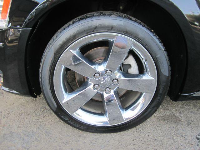2008 Dodge Magnum Deluxe Convertible