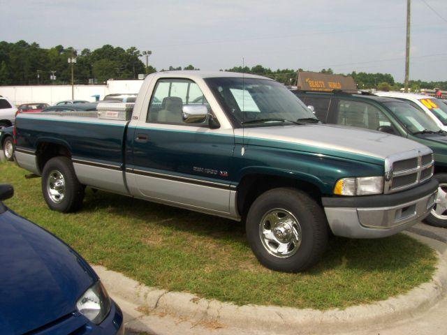 1995 Dodge Ram 1500 Sport WITH GPS Navigation
