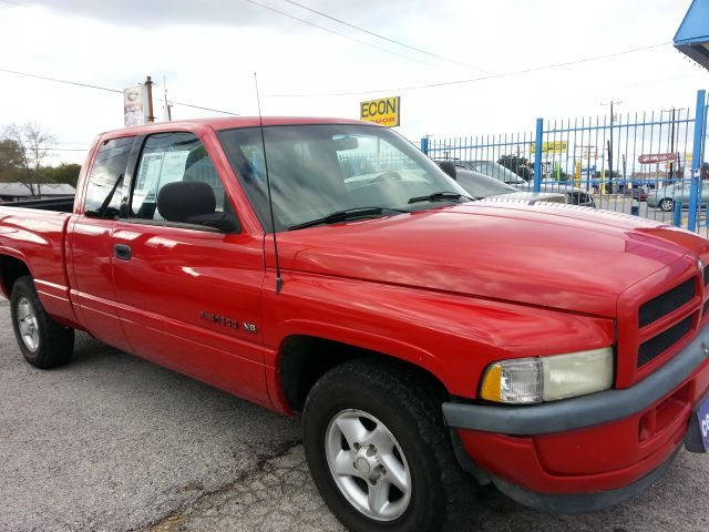 1998 Dodge Ram 1500 4DR SDN XLE AT