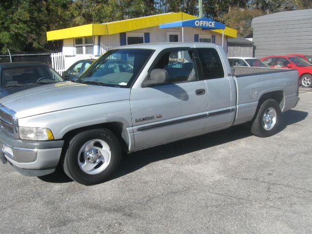 2000 Dodge Ram 1500 C1500 LS