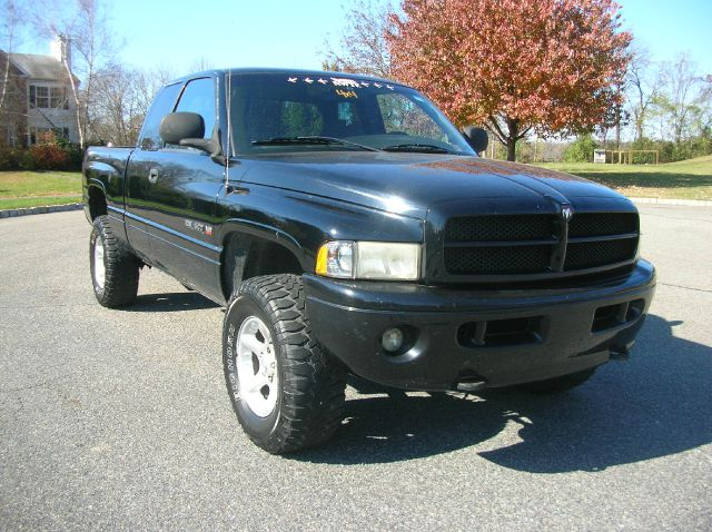 2001 Dodge Ram 1500 1500 LT 4WD