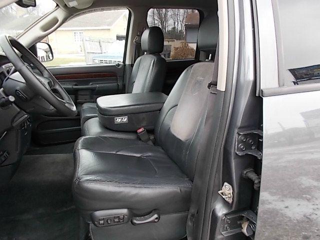 2003 Dodge Ram 1500 4dr 114 WB XLT 4WD