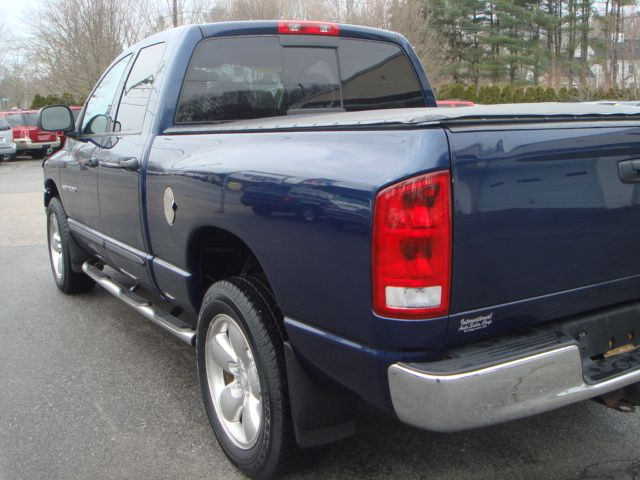 2004 Dodge Ram 1500 Collection Rogue
