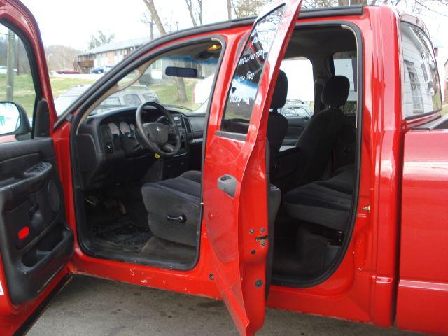 2004 Dodge Ram 1500 LS ES