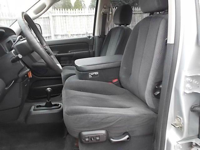 2005 Dodge Ram 2500 4dr 4WD EXT LS 4x4 SUV
