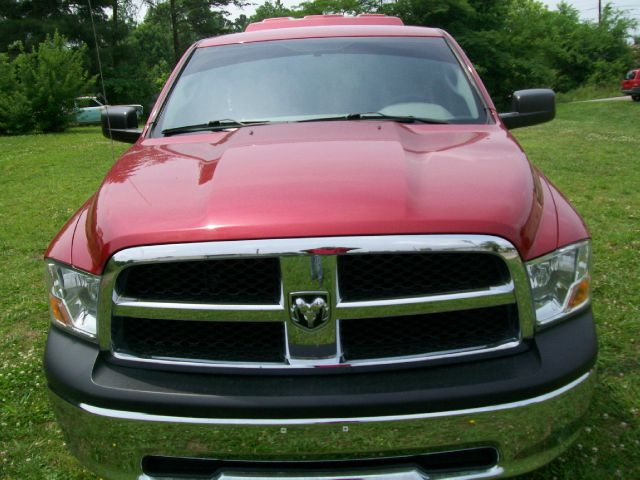 2010 Dodge Ram Pickup 1500 XLT SC 4X4 SWB