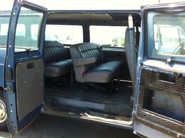1997 Dodge Ram Wagon Navigation/premium Plus