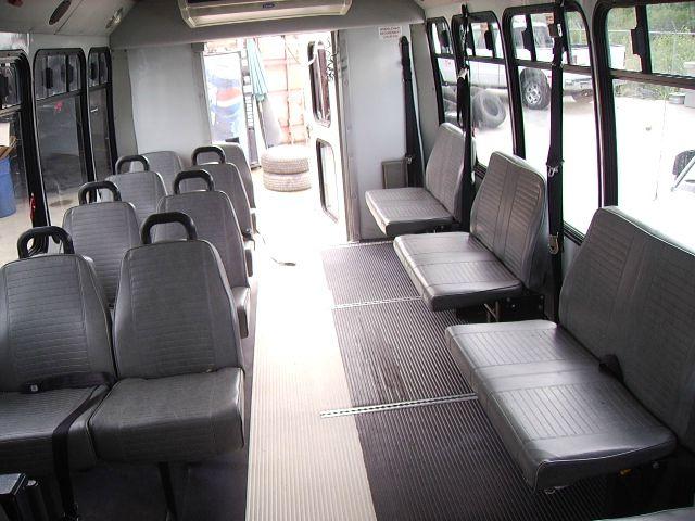 2004 Ford Aerostar 3.8 Sedan