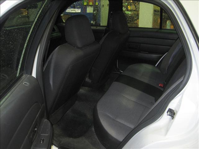 2006 Ford Crown Victoria Grand Caravan SE