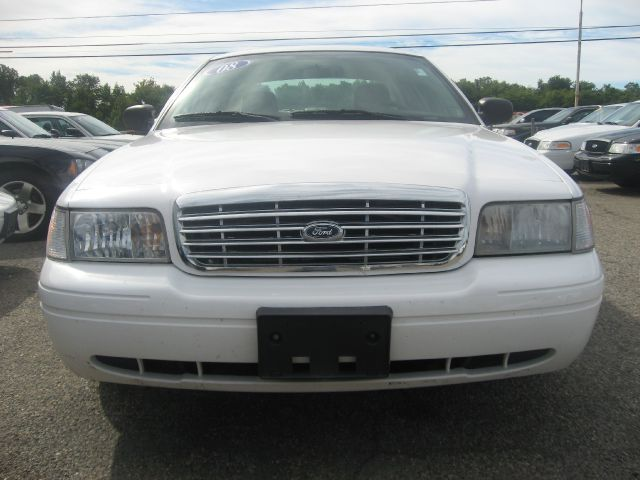 2008 Ford Crown Victoria Luxury