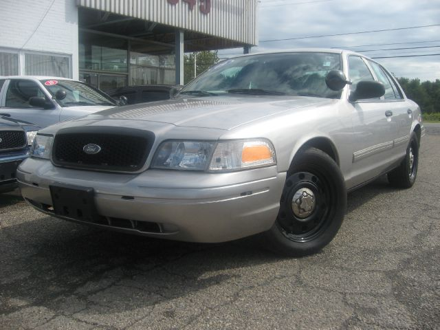 2009 Ford Crown Victoria Luxury